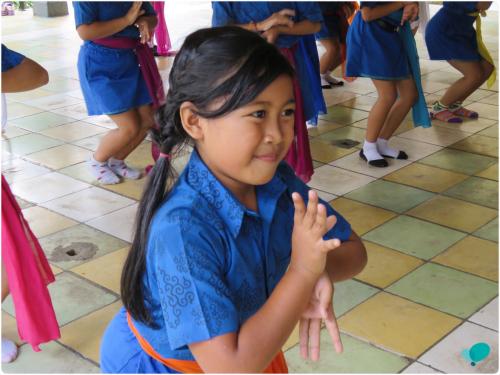 Moving Children in Bali 5